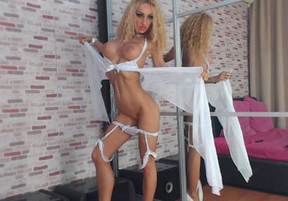 WildJenna: Hello horny lover! Are you ready for a sinful lover with a blonde and curly mane? Than I am the right one for you! My name is WildJenna. No matter...