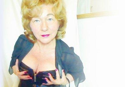 Live Cam Sex mit LadySofia im Chat