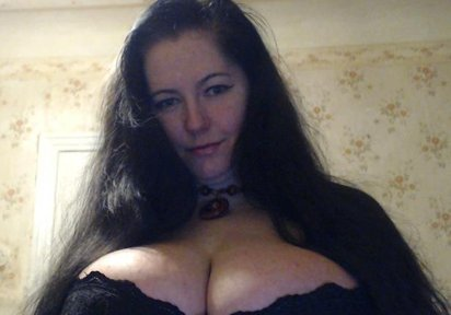 Live Cam Sex mit AngelicaWild im Chat Ortrand