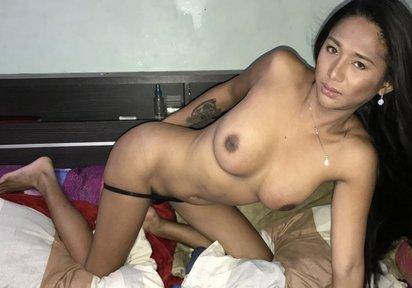 Sexcam LadyboyAriella
